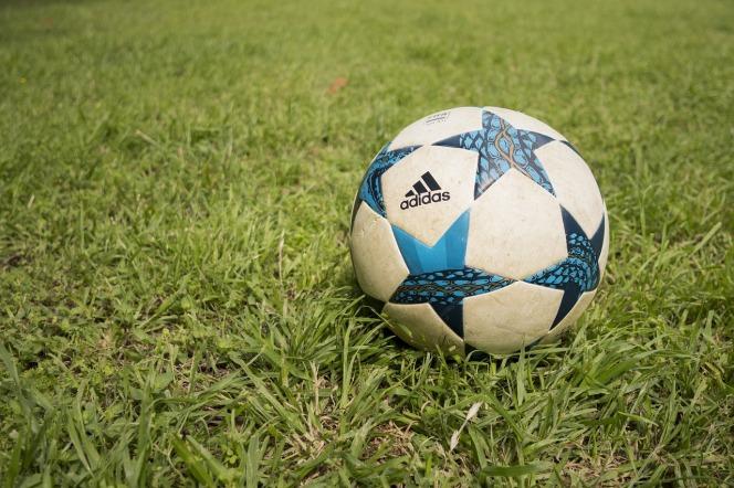 ball-3311907_1280